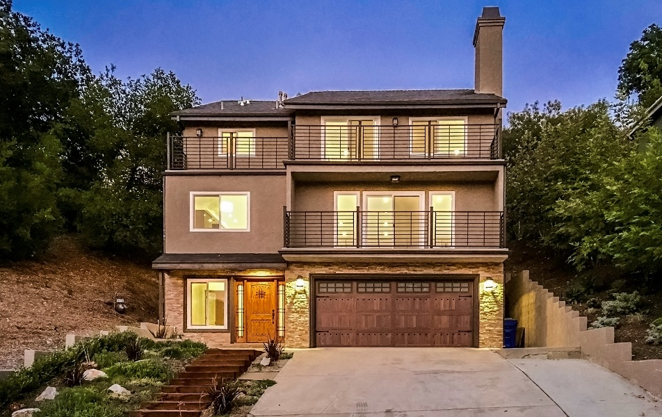 Single Family Home for Sale at 3540 Pansy Dr. 3540 Pansy Drive Calabasas, California, 91302 United States