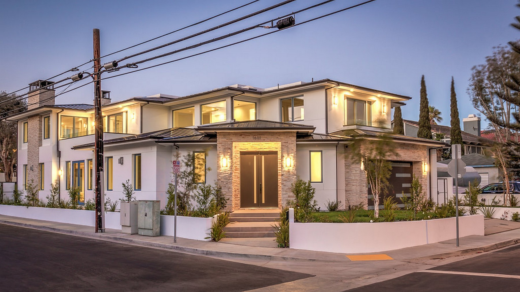 Single Family Home for Sale at 1601 Nelson Ave Manhattan Beach, California 90266 United States