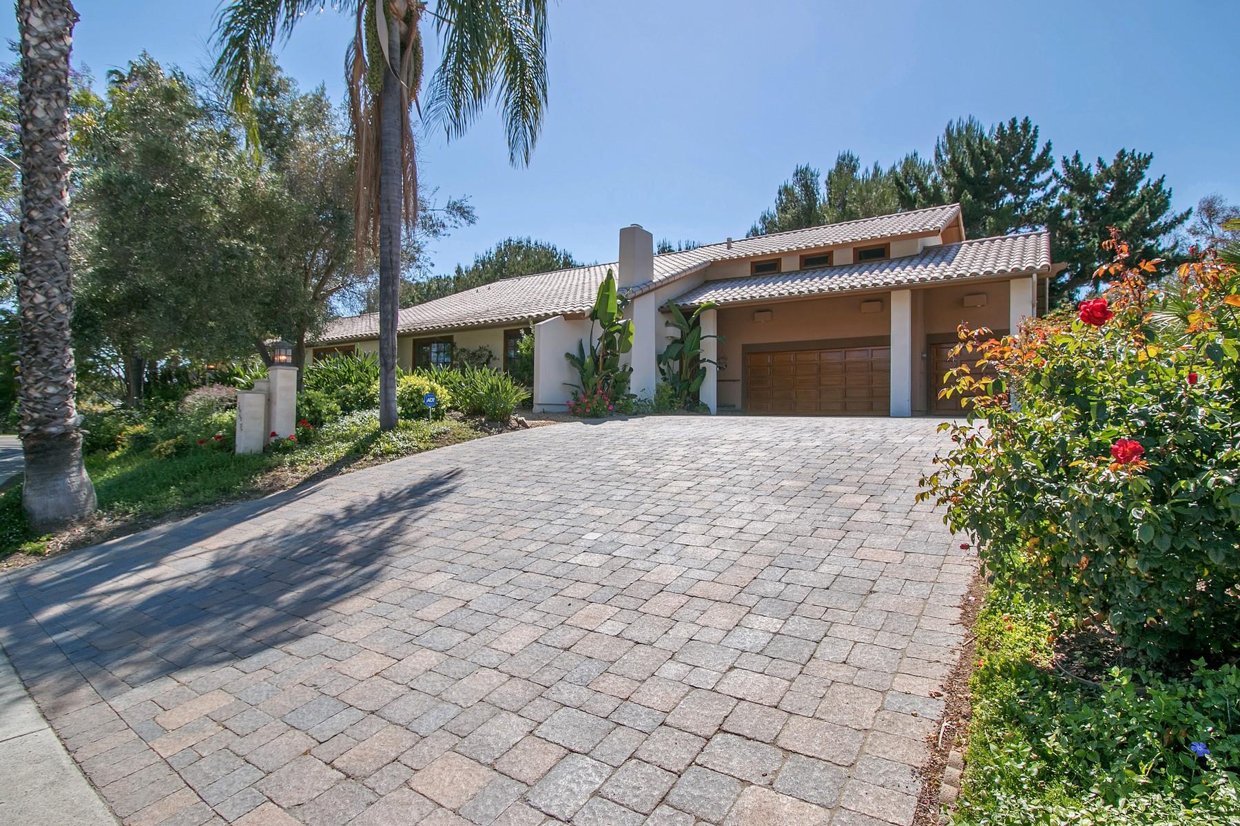 Vivienda unifamiliar por un Venta en 12376 Grandee Road San Diego, California 92128 Estados Unidos