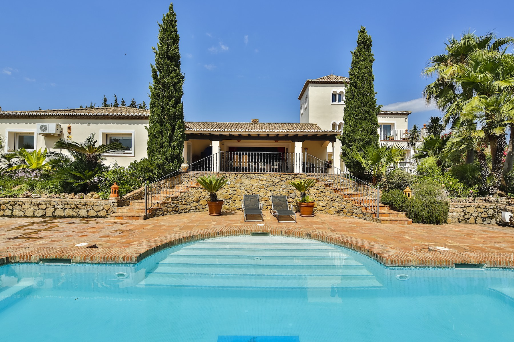 Single Family Home for Sale at Luxurious country villa close the exclusive Los Flamingos golf & country club Benahavis, Benahavis, 29679 Other Andalucia, Andalucia, 29679 Spain