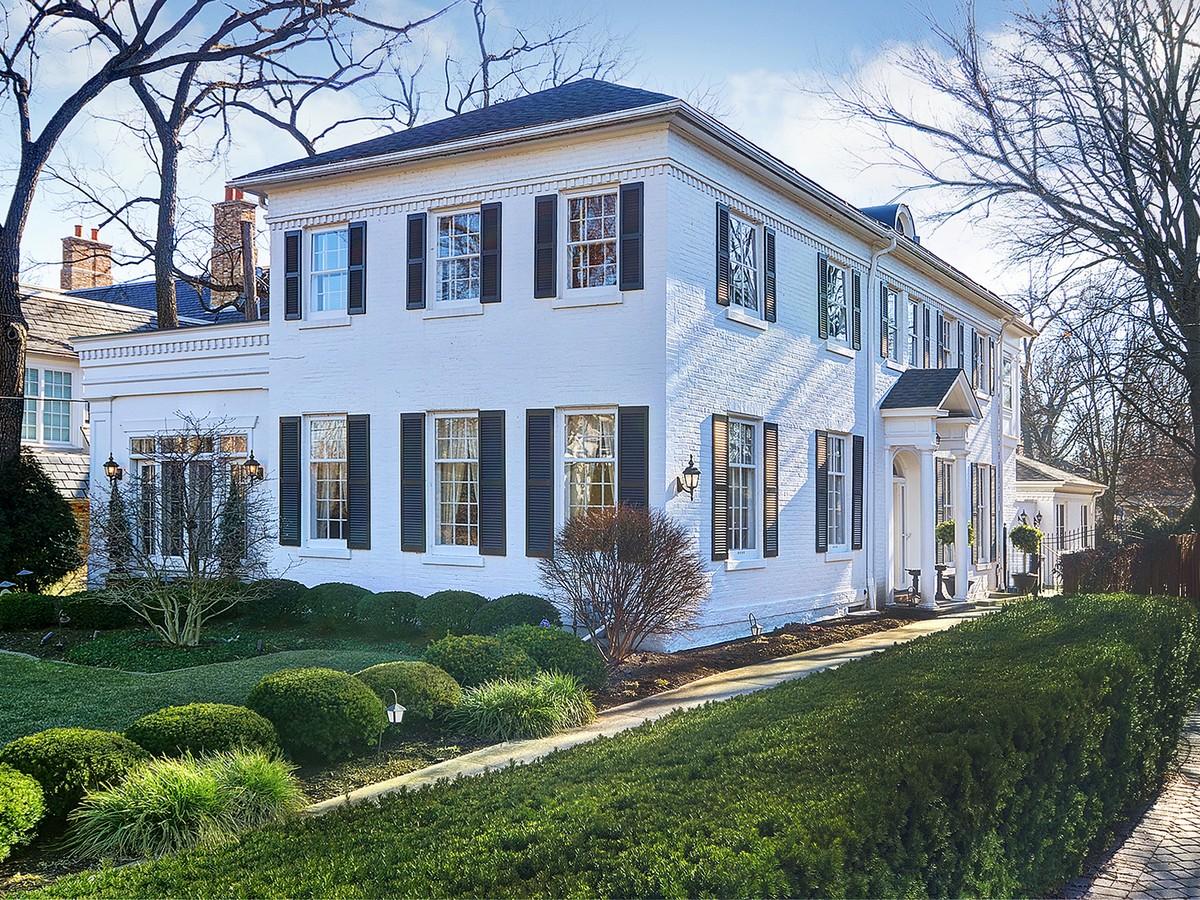 Casa para uma família para Venda às 138 E. Sixth St. Hinsdale, Illinois 60521 Estados Unidos