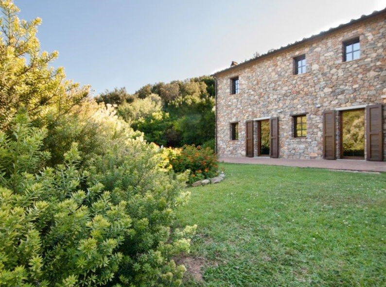 Property For Sale at Elban villa with pool on Elba Island