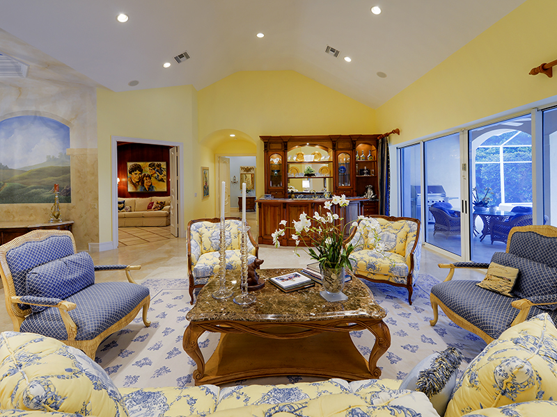 独户住宅 为 销售 在 Beautifully Appointed Waterfront Home at Ocean Reef 63 Tarpon Lane Ocean Reef Community, Key Largo, 佛罗里达州 33037 美国