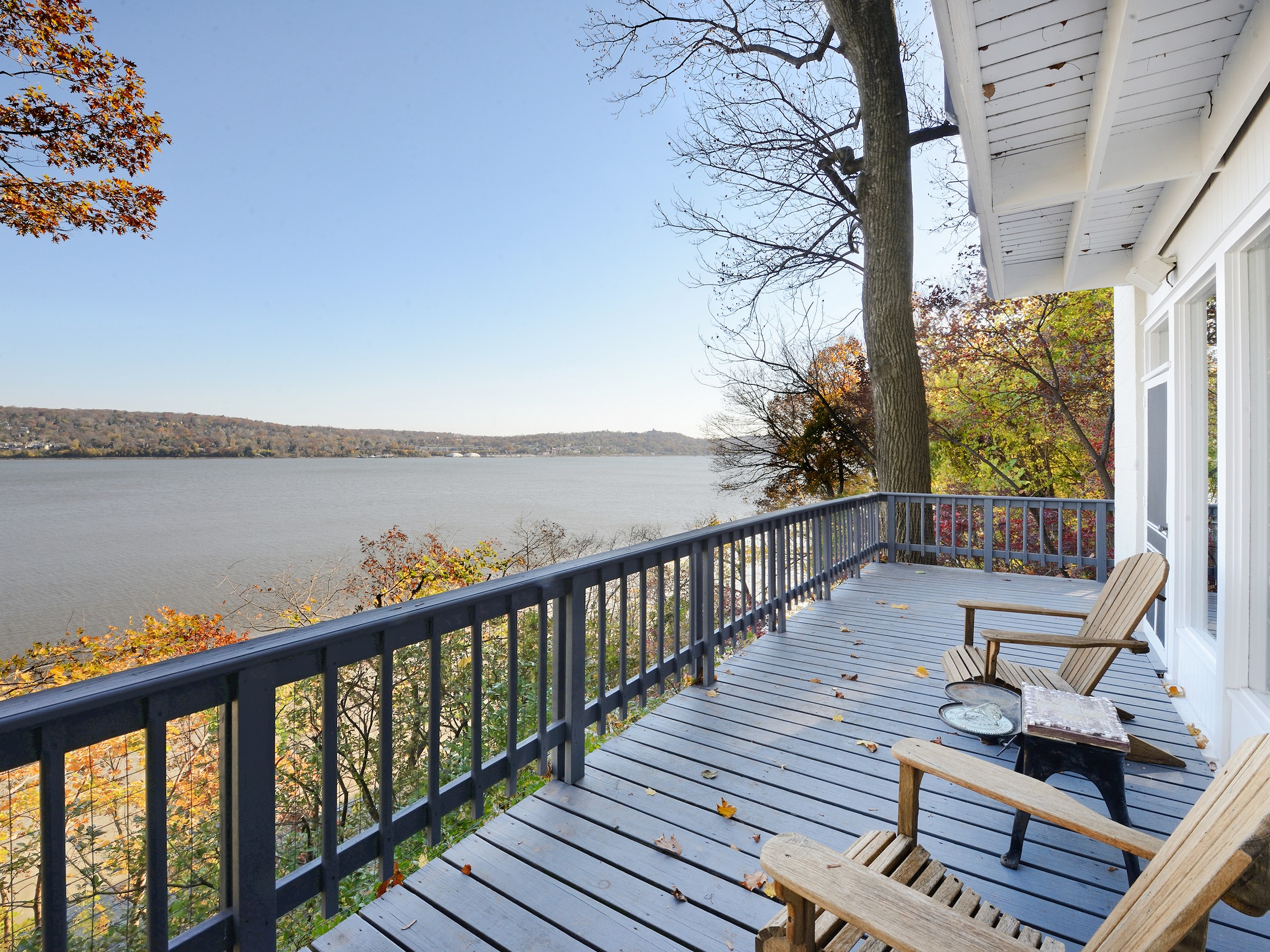 "Single Family Home for Sale at ""Cliff House"" 40 Lawrence Lane Snedens Landing, Palisades, New York 10964 United States"