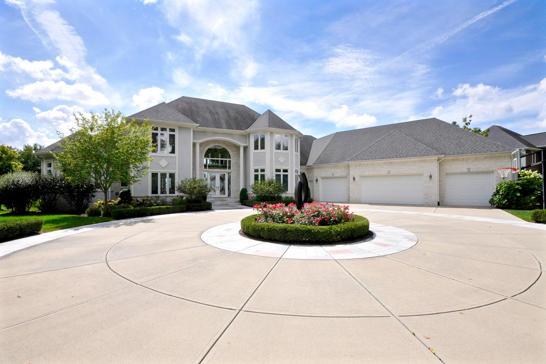 Maison unifamiliale pour l Vente à Private One Acre Estate 15149 Geist Ridge Drive Fishers, Indiana, 46040 États-Unis
