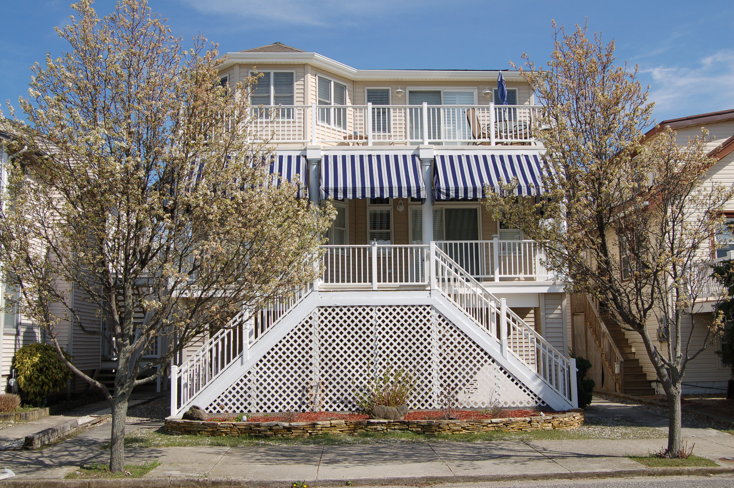 Moradia para Venda às Beach Block Condo 3023 Central Avenue Ocean City, Nova Jersey 08226 Estados Unidos