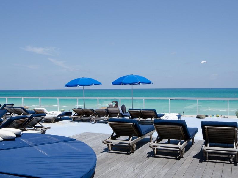 Condominium for Sale at Roney 2301 Collins Ave #333 Miami Beach, Florida 33139 United States