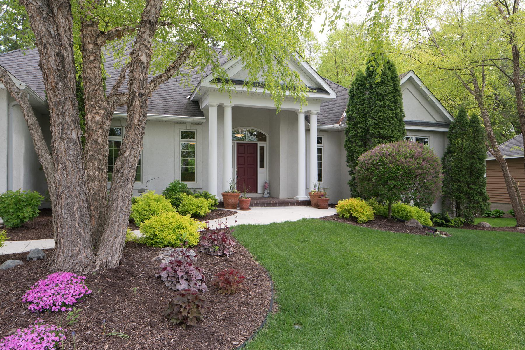 단독 가정 주택 용 매매 에 6989 Highover Court N Chanhassen, 미네소타, 55317 미국