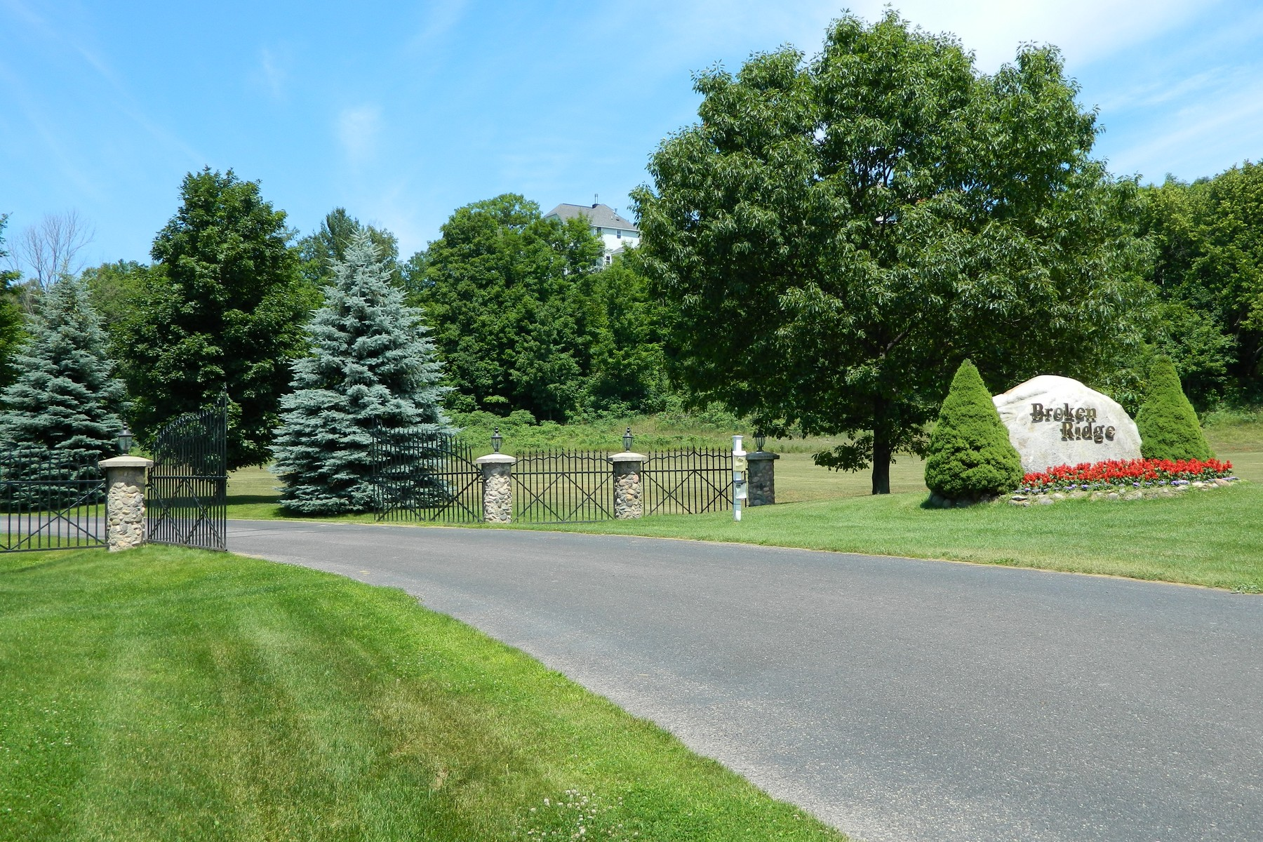 Property For Sale at 7825 Lindy Lane, Harbor Springs