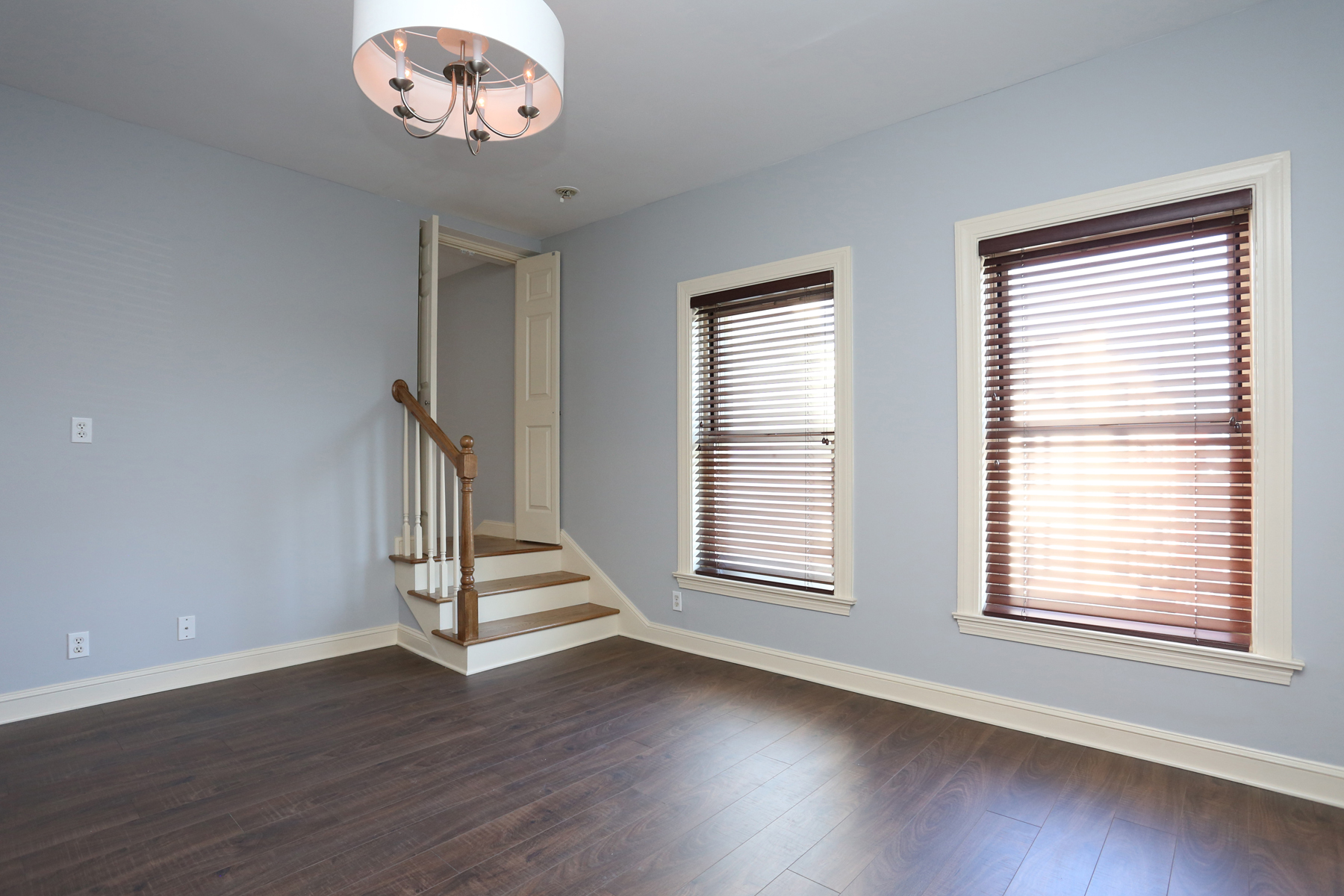 Condomínio para Venda às Completely Renovated One Bedroom At The Somerset 416 Commonwealth Ave. Unit 711 Back Bay, Boston, Massachusetts 02215 Estados Unidos