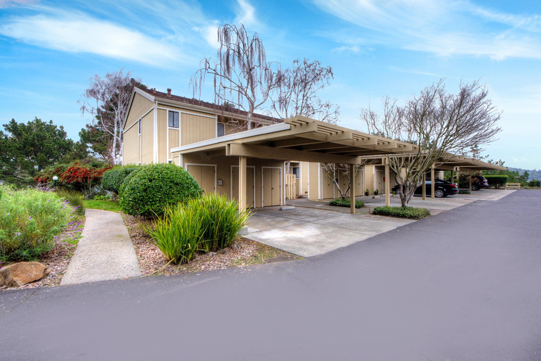 Casa Unifamiliar Adosada por un Venta en Bright End Unit in Excellent Location 15 Wordsworth Court Mill Valley, California 94941 Estados Unidos