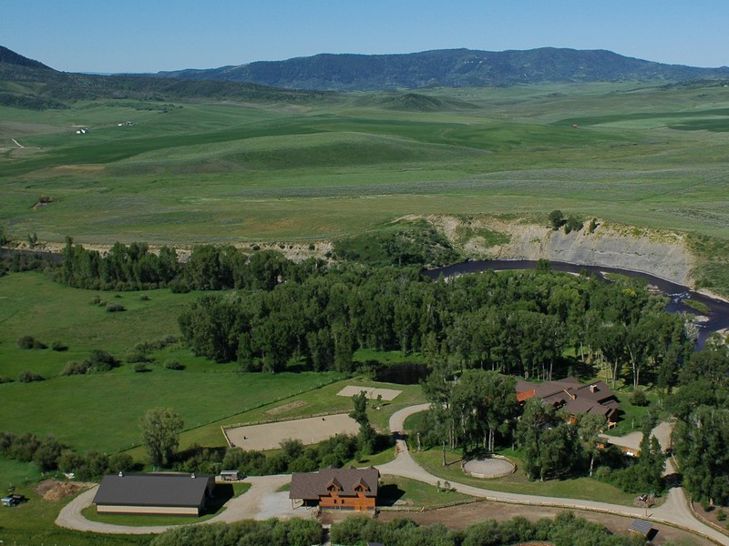 Granjas / Hacienda / Platanción por un Venta en Elk River Ranch 25563 RCR 54 Steamboat Springs, Colorado, 80487 Estados Unidos