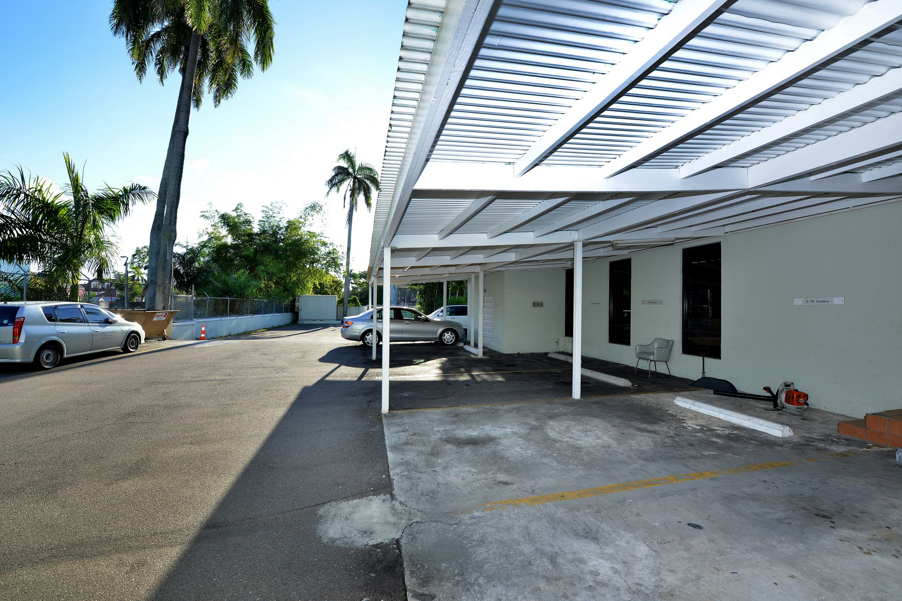 Additional photo for property listing at One Millars Court Downtown, Nassau And Paradise Island Bahamas