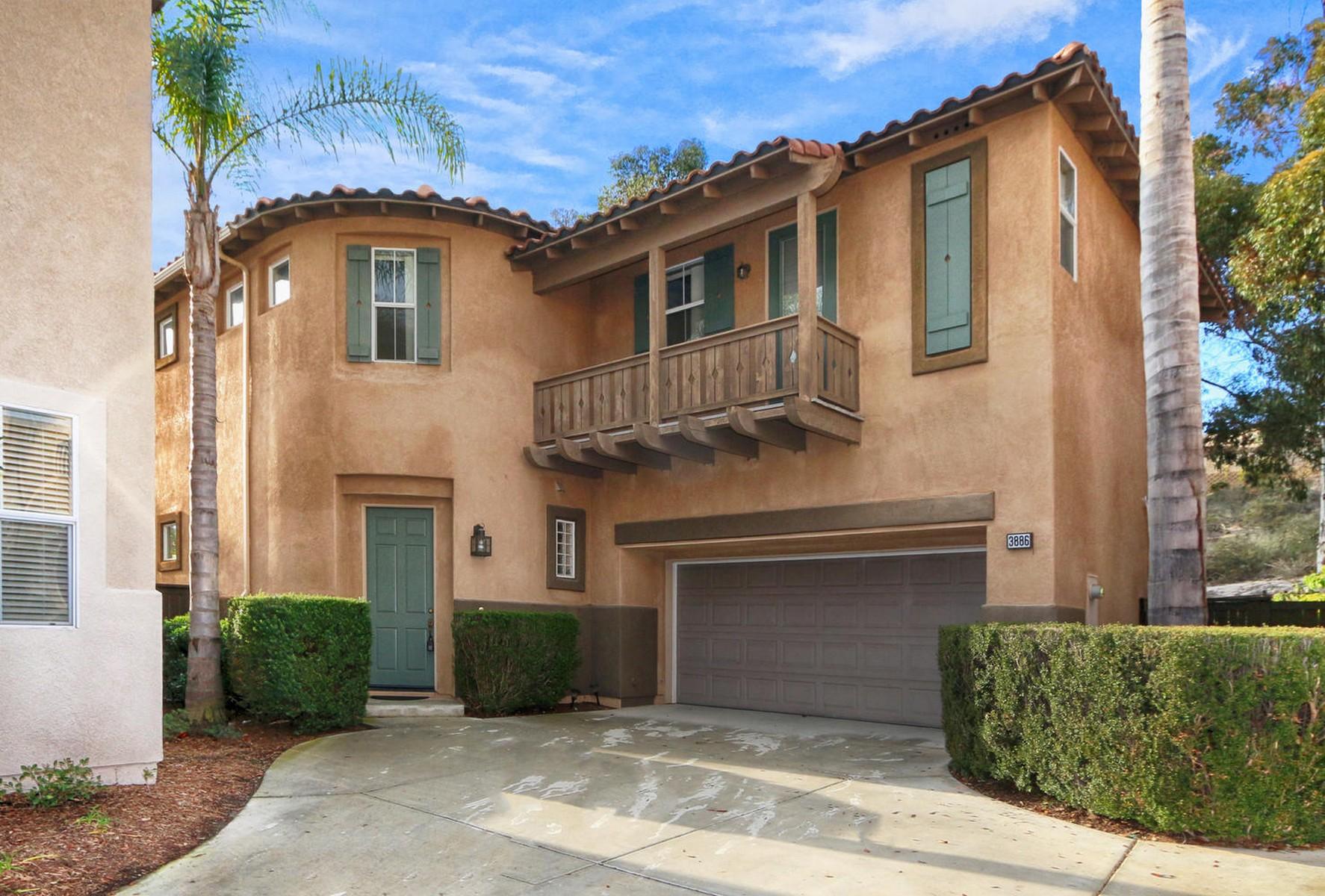 Casa para uma família para Venda às San Raphael 3886 Ruette San Raphael San Diego, Califórnia 92130 Estados Unidos