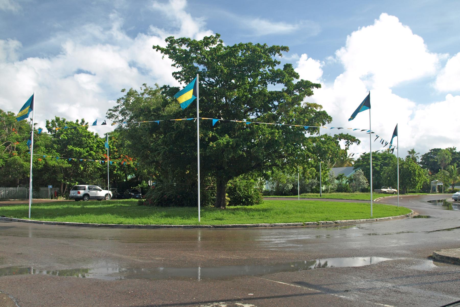 Additional photo for property listing at Skyline Heights Lot #18 Skyline Drive, West Bay Street, Nueva Providencia / Nassau Bahamas