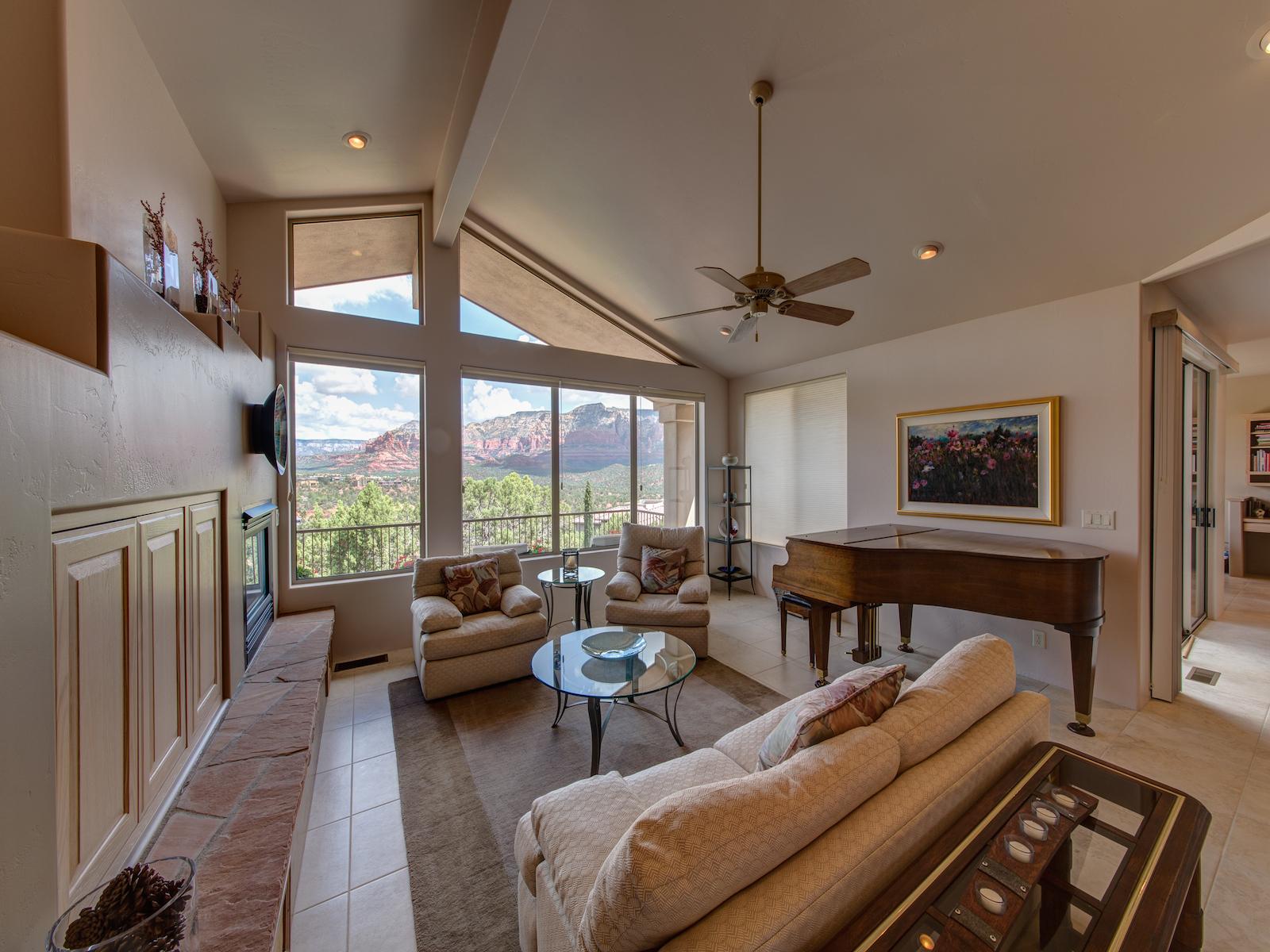 Casa Unifamiliar por un Venta en Views, Views, Views! 25 W Brins Mesa Rd Sedona, Arizona 86336 Estados Unidos
