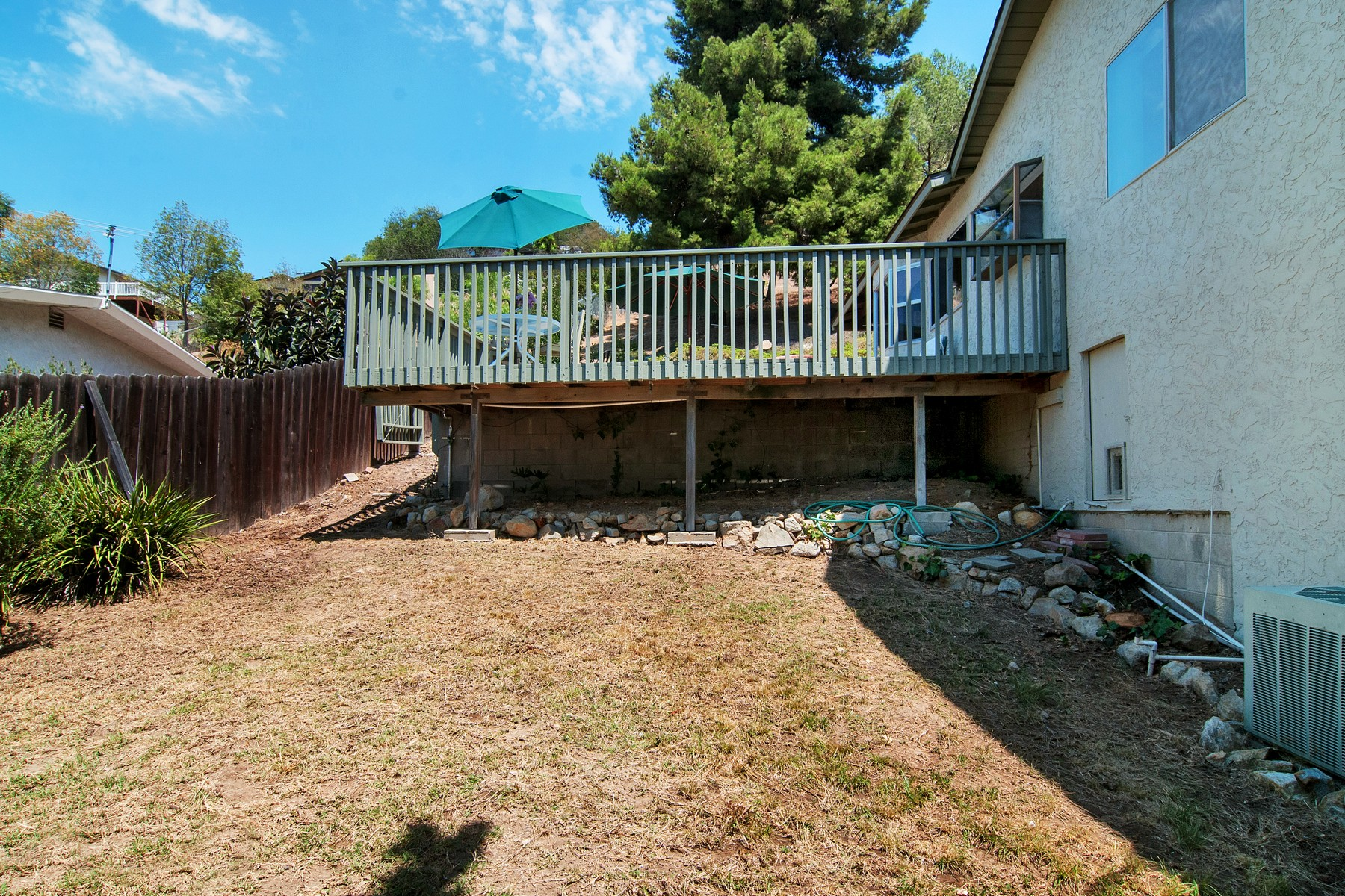Additional photo for property listing at 2865 HELIX STREET  Spring Valley, Калифорния 91977 Соединенные Штаты