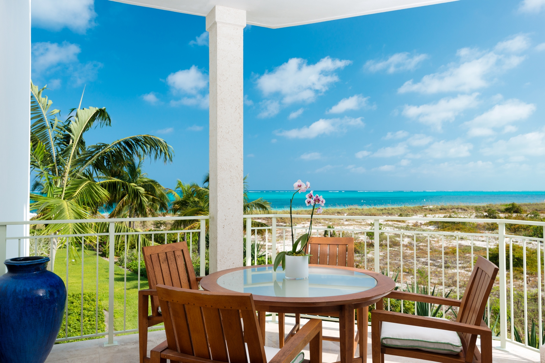 Piso por un Venta en West Bay Club - Suite 210 West Bay Club, Grace Bay, Providenciales Islas Turcas Y Caicos