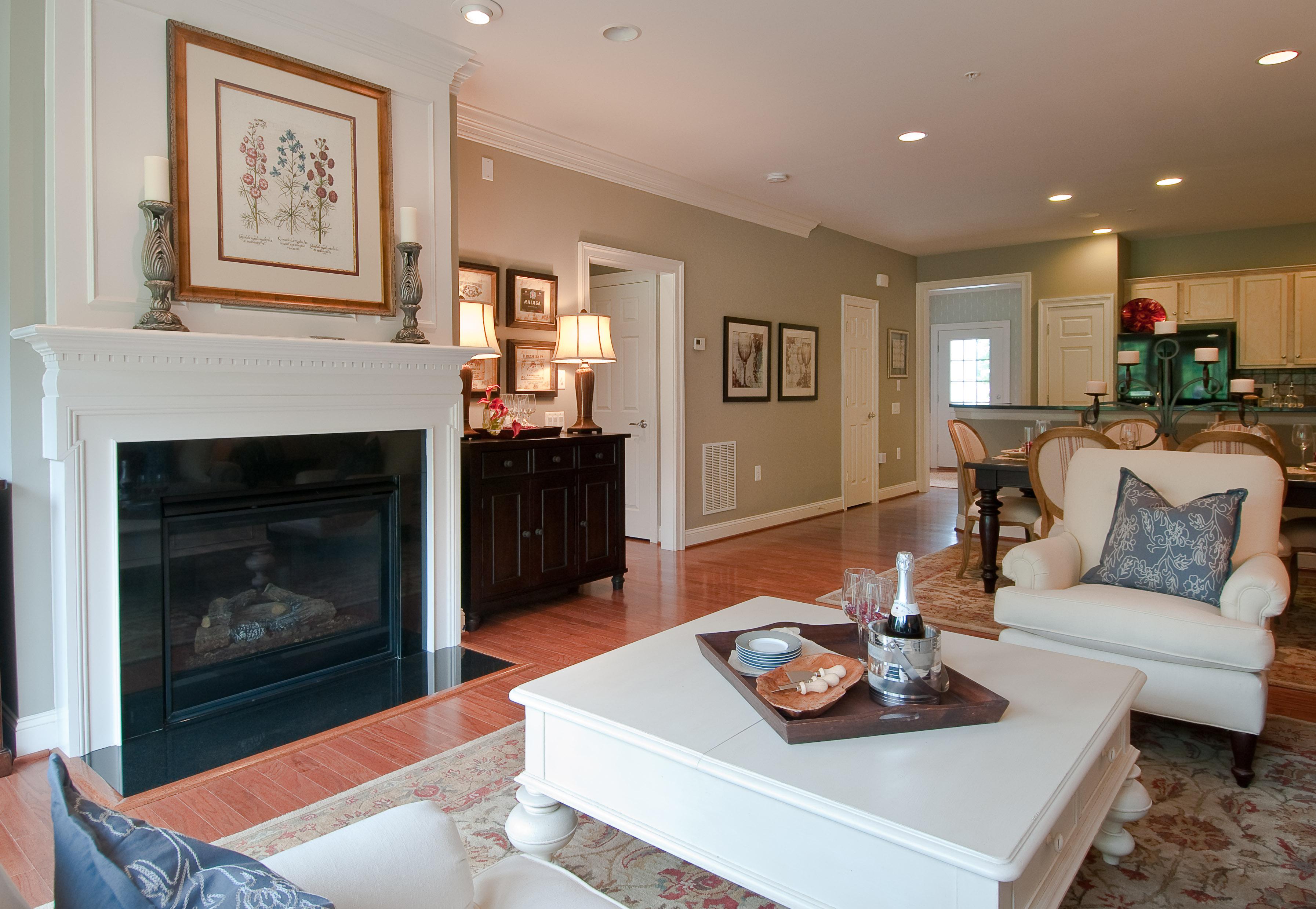 Outros residenciais para Venda às 233 LONG POINT DRIVE 223 LONG POINT DRIVE Fredericksburg, Virginia, 22406 Estados Unidos