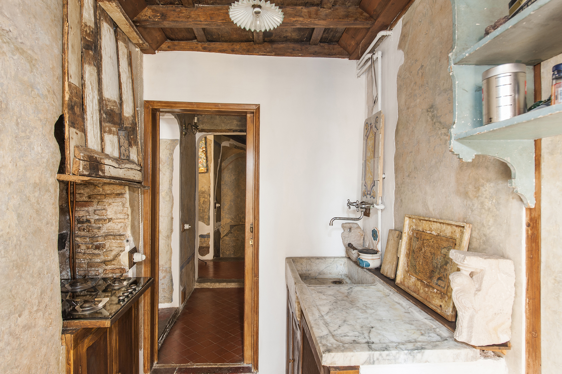 Additional photo for property listing at Charming apartment in the heart of Rome Rome, Rome Italien