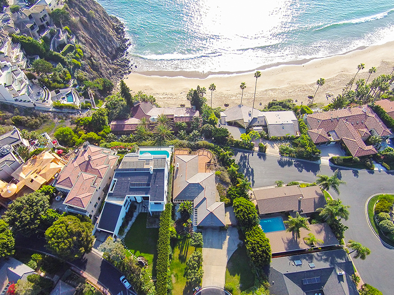Single Family Home for Sale at 141 Emerald Bay Laguna Beach, California, 92651 United States