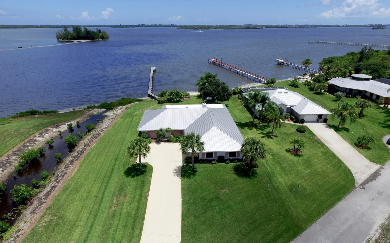 Single Family Home for Sale at Bring Your Boat! 6230 109TH Street Sebastian, Florida, 32958 United States