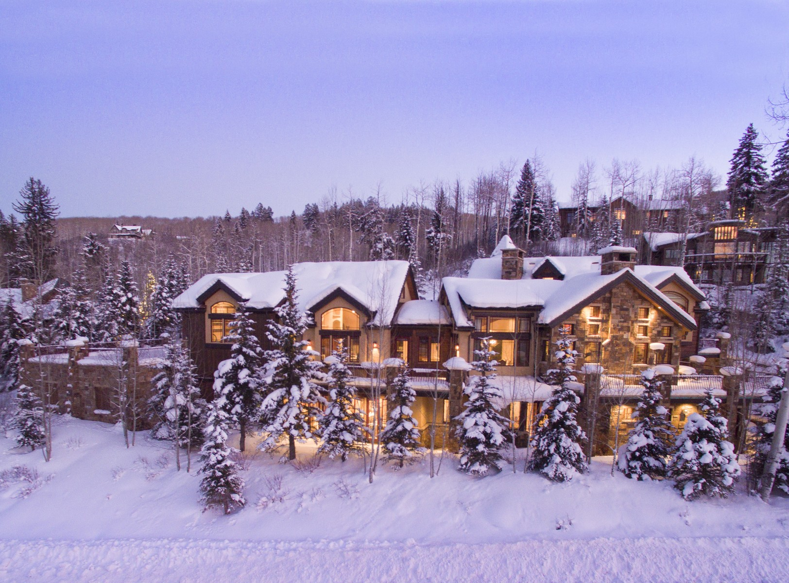 Moradia para Venda às Home in The Pines 400 Pine Crest Drive Snowmass Village, Colorado, 81615 Estados Unidos