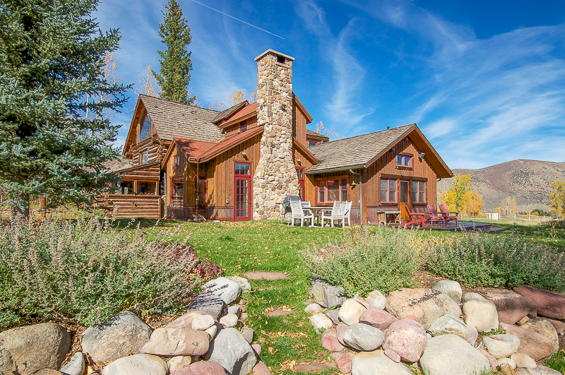 Casa Unifamiliar por un Venta en Capitol Creek Cabin 1150 Capitol Creek Road Snowmass, Colorado 81654 Estados Unidos