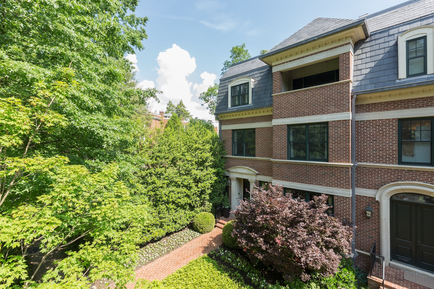 Townhouse for Sale at Woodley Park 2735 Cathedral Avenue Nw Washington, District Of Columbia 20008 United States