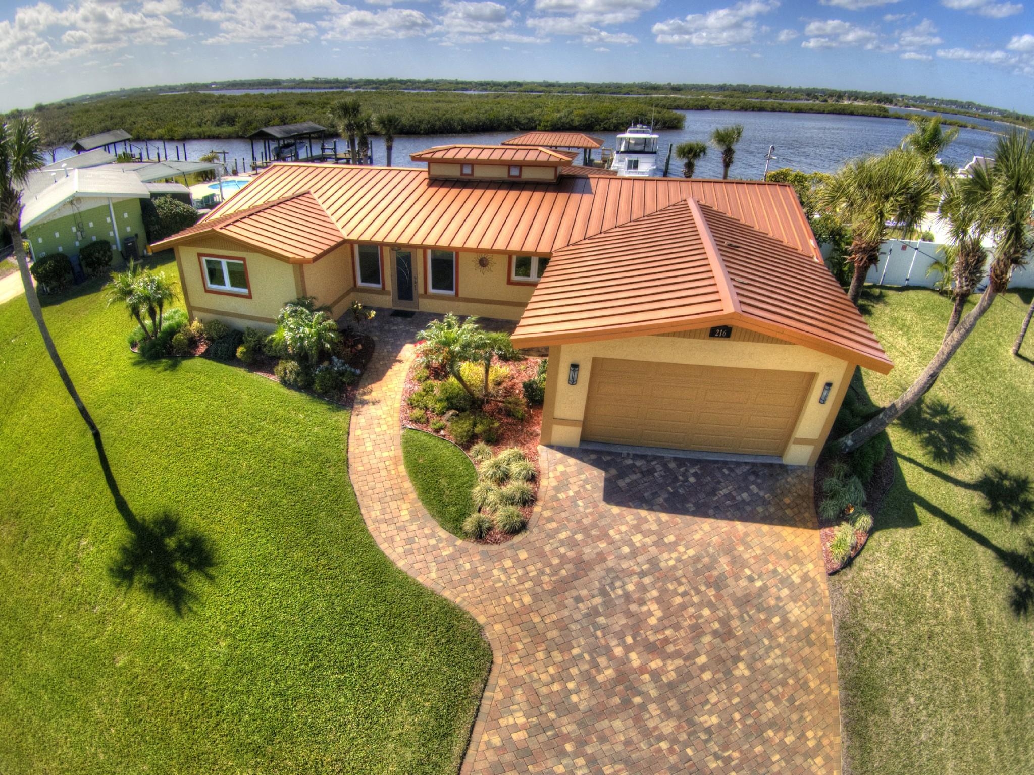 Single Family Home for Sale at Daytona Beach, Florida 216 S. Venetian Way Port Orange, Florida 32127 United States
