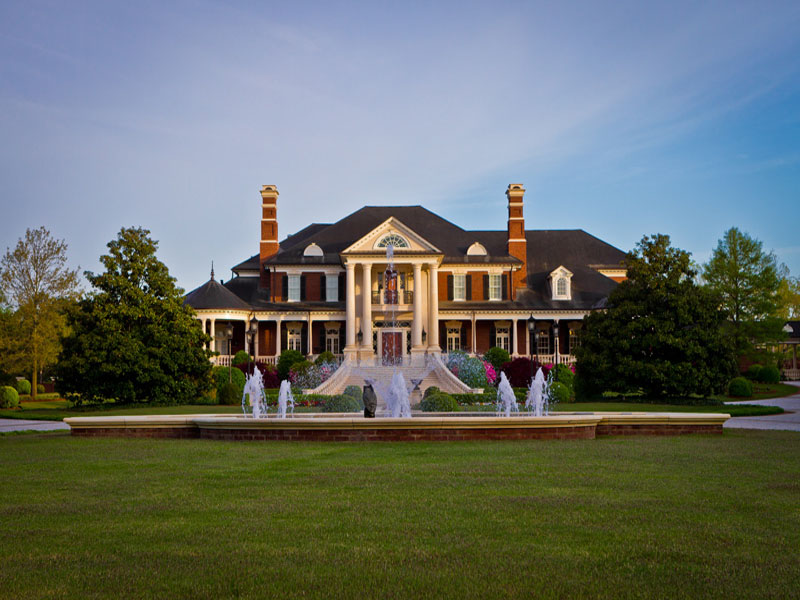 단독 가정 주택 용 매매 에 Spectacular Gated Custom Estate On 14.5 Acres 5200 Moore Road Suwanee, 조지아 30024 미국