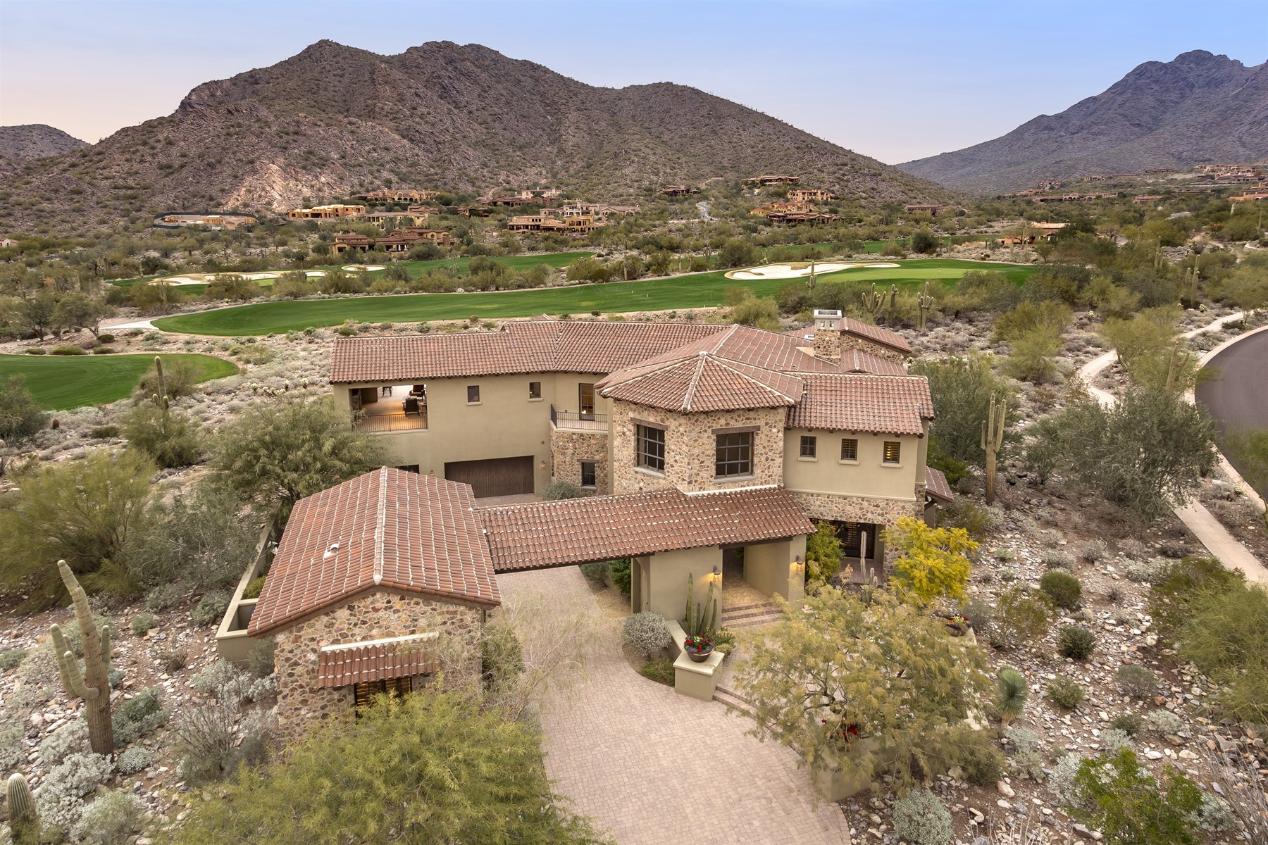 Single Family Home for Sale at Perfectly oriented on an over-sized lot with captivating views 10338 E Mountain Spring Rd #1243 Scottsdale, Arizona 85255 United States