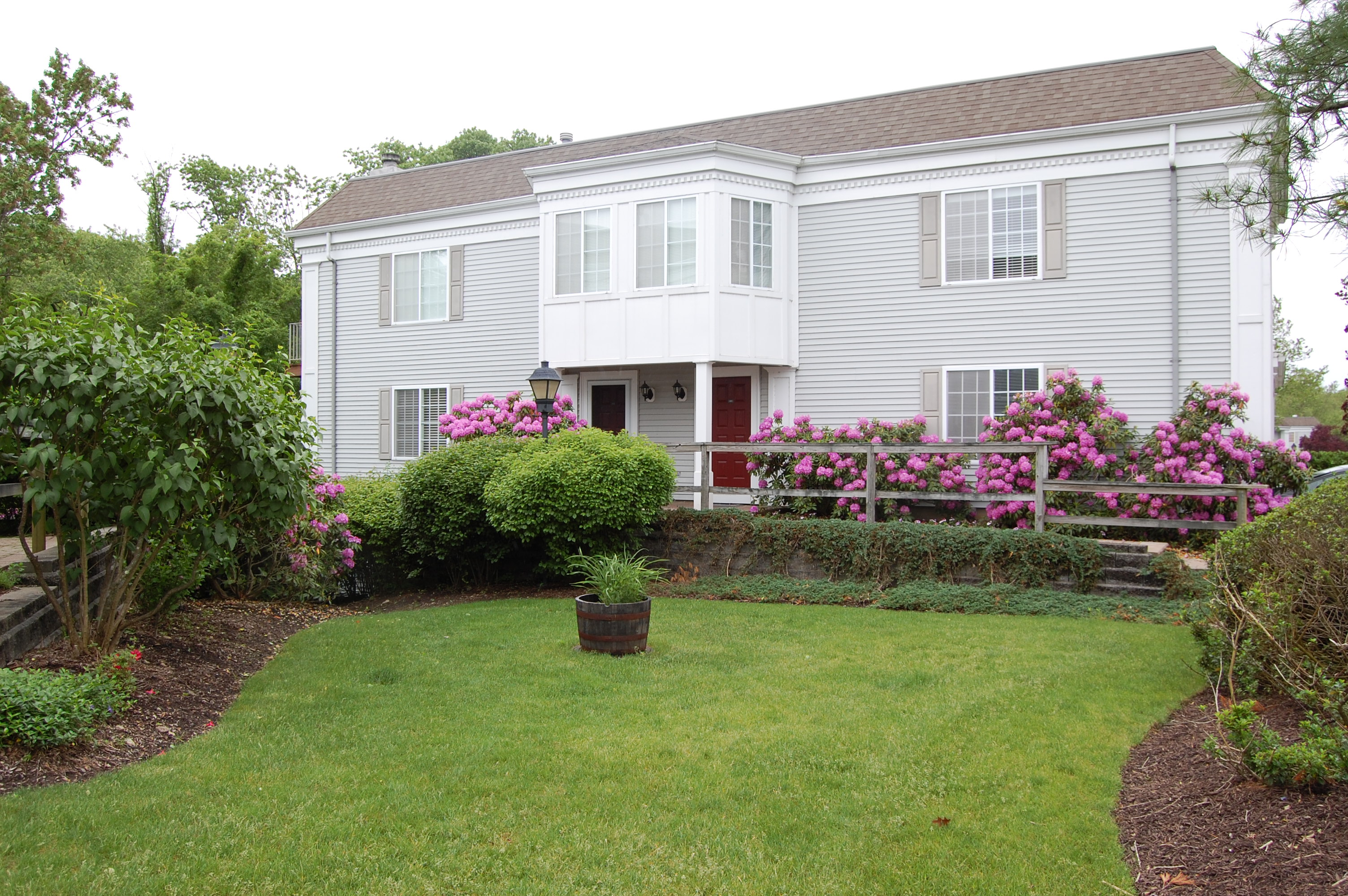 Townhouse for Rent at Pristine Condo 217 Riveredge Dr Chatham, 07928 United States