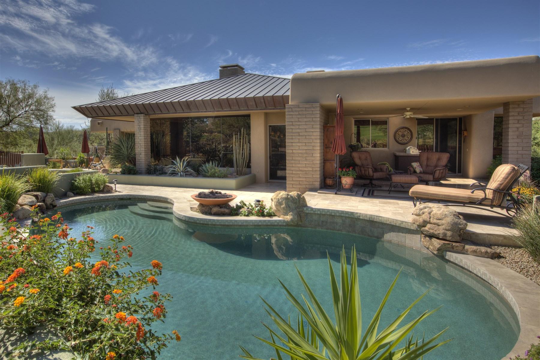 Casa para uma família para Venda às Impeccably maintained desirable Desert Horizon home 11163 E Graythorn Dr Scottsdale, Arizona 85262 Estados Unidos