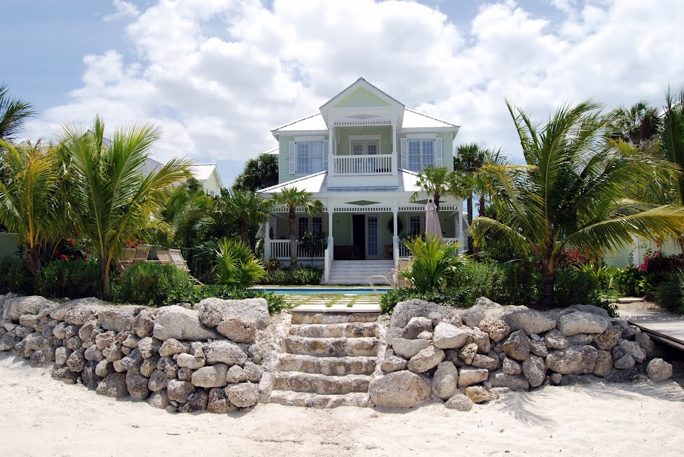 Single Family Home for Rent at Canalfront Gem Rental, Old Fort Bay Old Fort Bay, Nassau And Paradise Island Bahamas