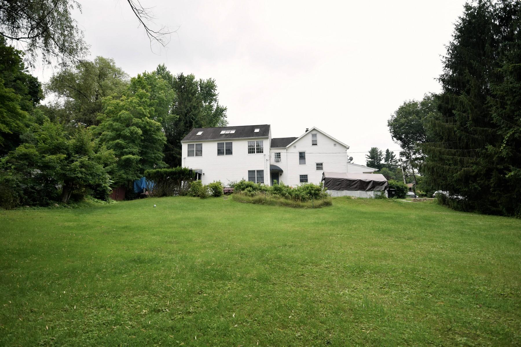 独户住宅 为 销售 在 Artists Dream 126 School Street Mahopac, 纽约州 10542 美国