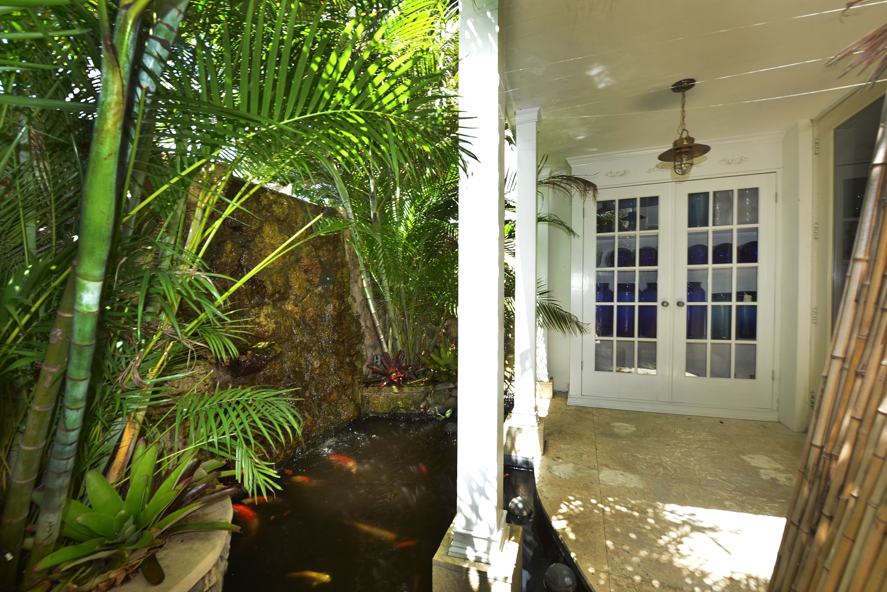 Additional photo for property listing at West Bay Street #1B Conchrest, Cable Beach, Nueva Providencia / Nassau Bahamas