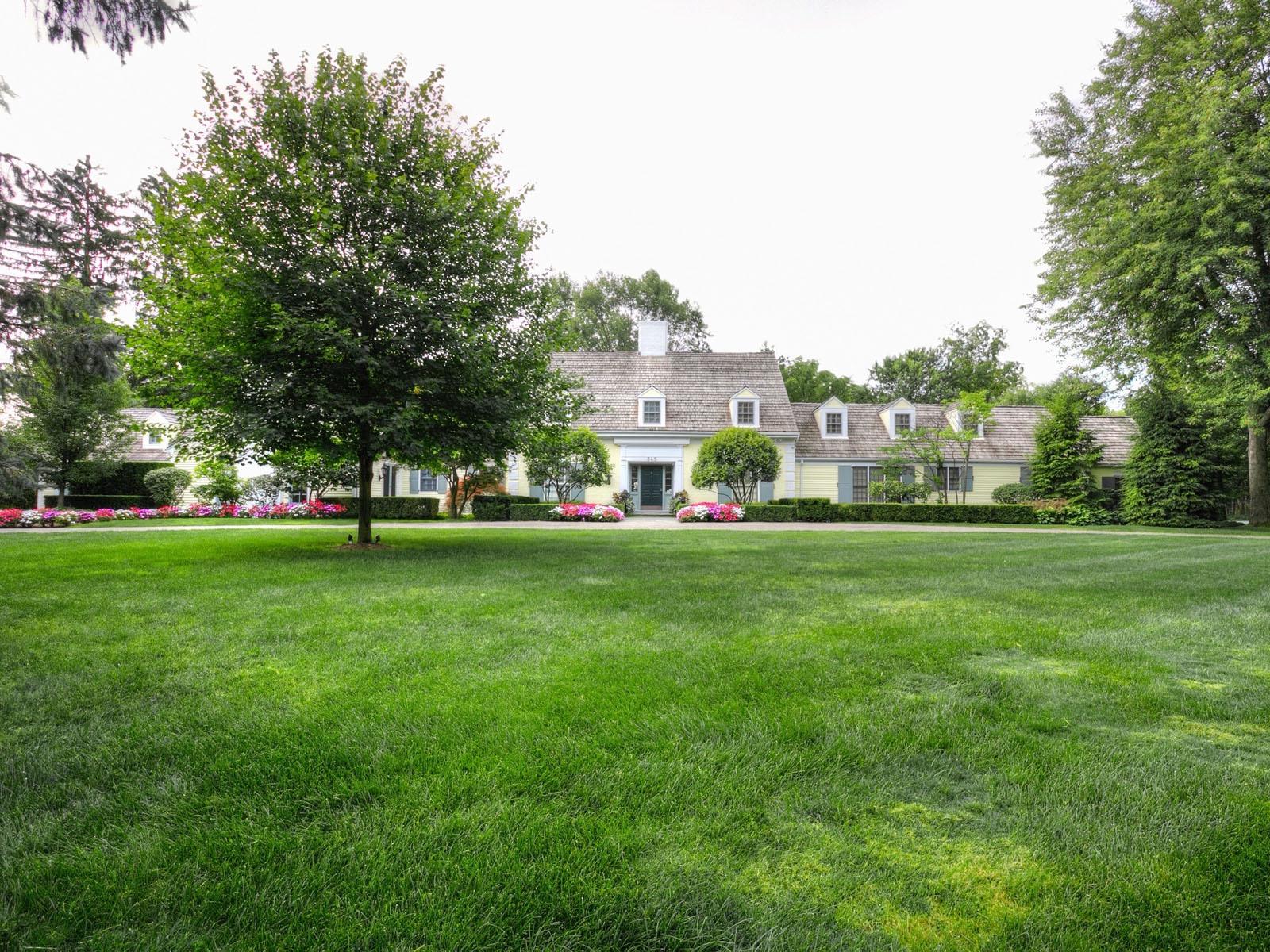 Maison unifamiliale pour l Vente à Bloomfield 345 Woodridge Road Bloomfield, Michigan, 48304 États-Unis