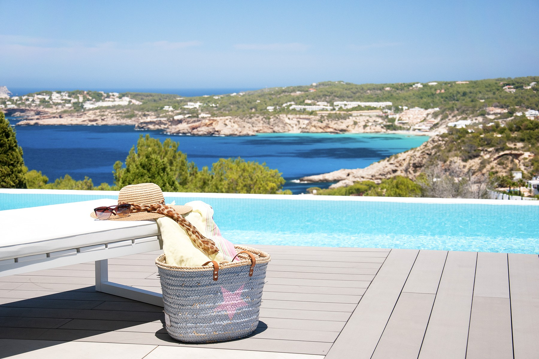 Tek Ailelik Ev için Satış at Contemporary Sea View Villa In Cala Moli Ibiza, Ibiza, 08030 Ispanya