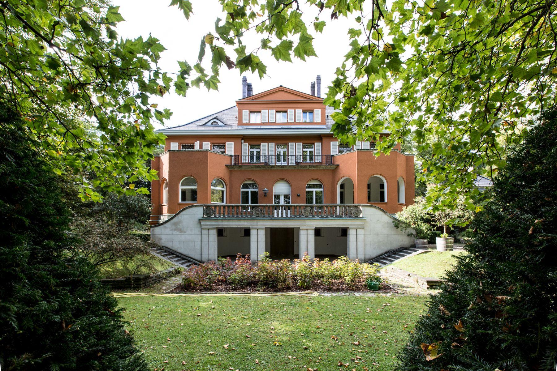 단독 가정 주택 용 매매 에 Magnificent, Historical Villa in an exclusive Location! Berlin, 베를린, 14195 독일