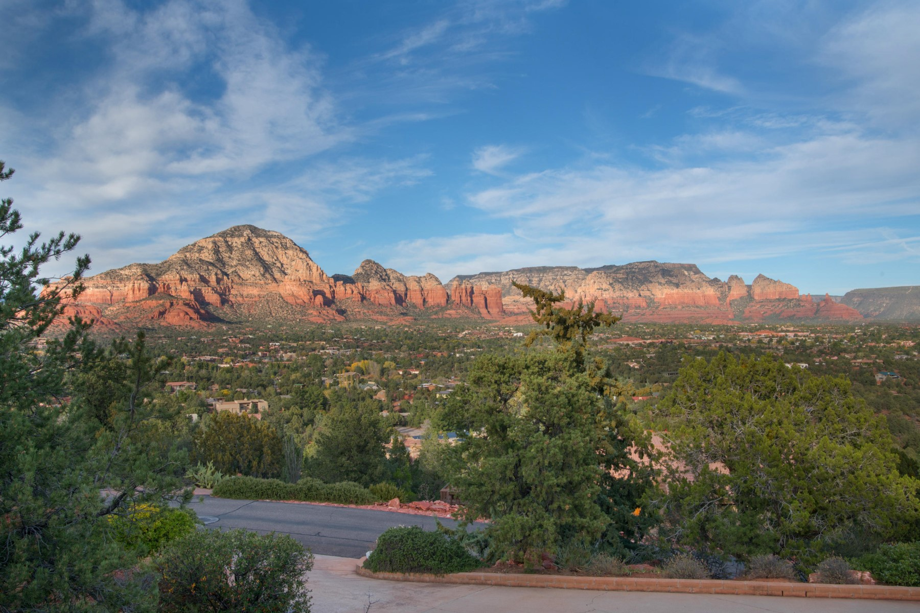 Single Family Home for Sale at Lovely home with captivating mountain views 3145 Calle Del Montana Sedona, Arizona, 86336 United States