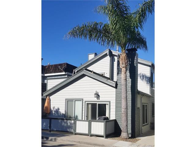 Duplex for Sale at 207 Lugonia Newport Beach, California 92663 United States