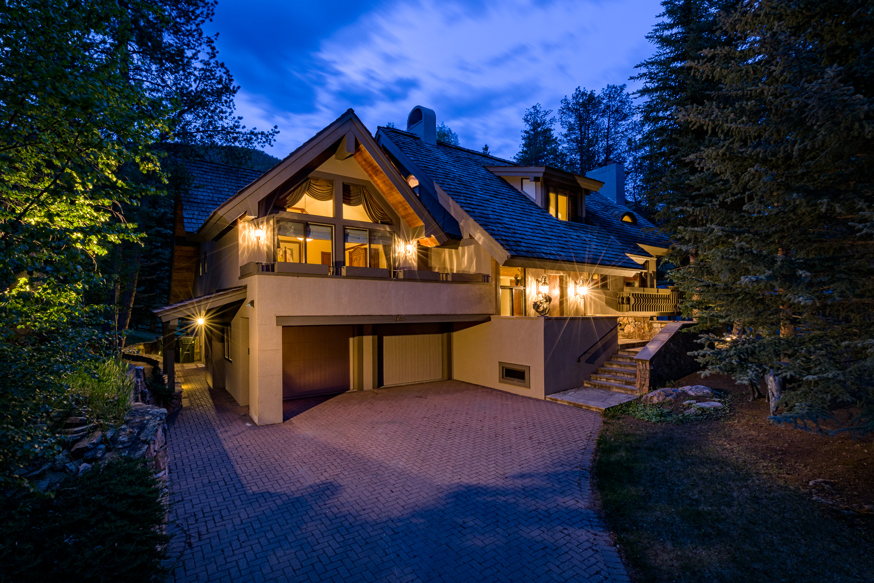 Maison unifamiliale pour l Vente à 1055 Homestake Circle Vail Golf Course, Vail, Colorado, 81657 États-Unis