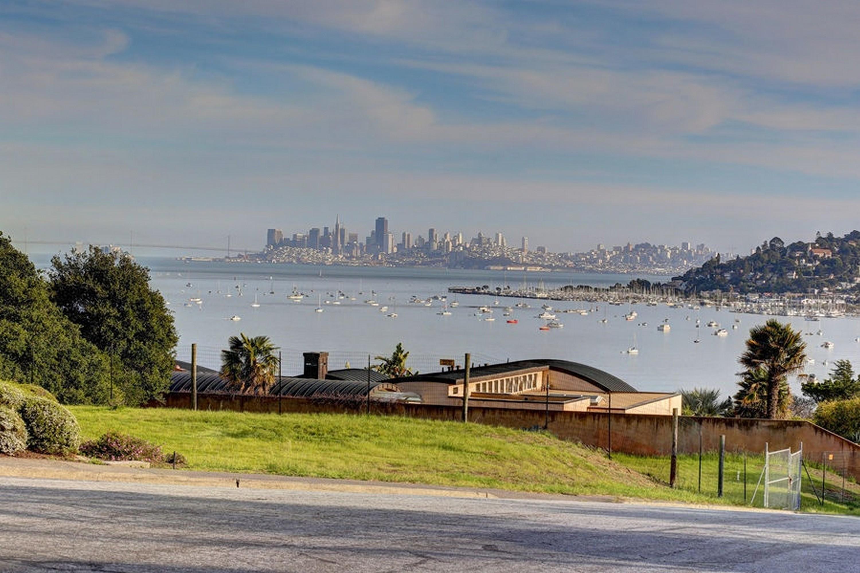 Terreno por un Venta en Fantastic San Francisco Skyline Views 4 Nina Ct Mill Valley, California, 94941 Estados Unidos