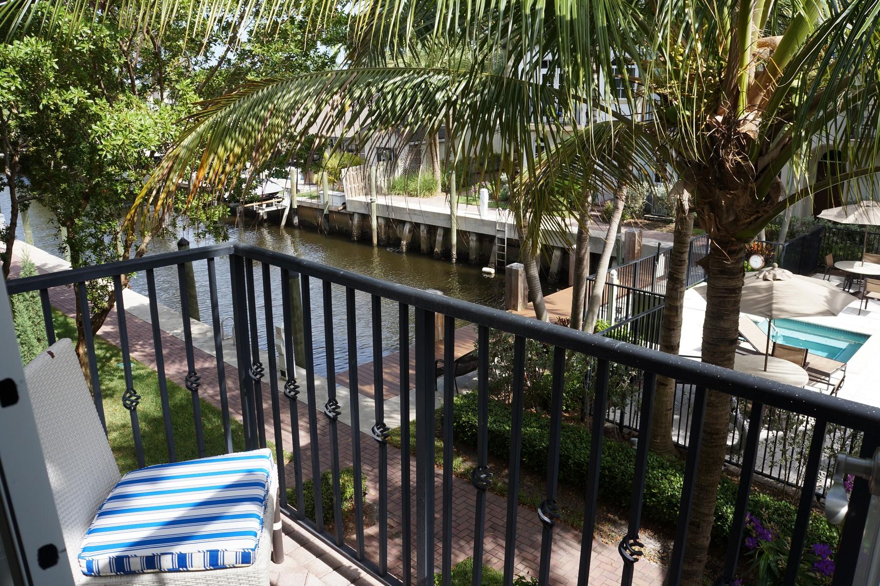Maison accolée pour l Vente à 818 Virginia Garden Dr , Boynton Beach, FL 33435 818 Virginia Garden Dr Boynton Beach, Florida, 33435 États-Unis
