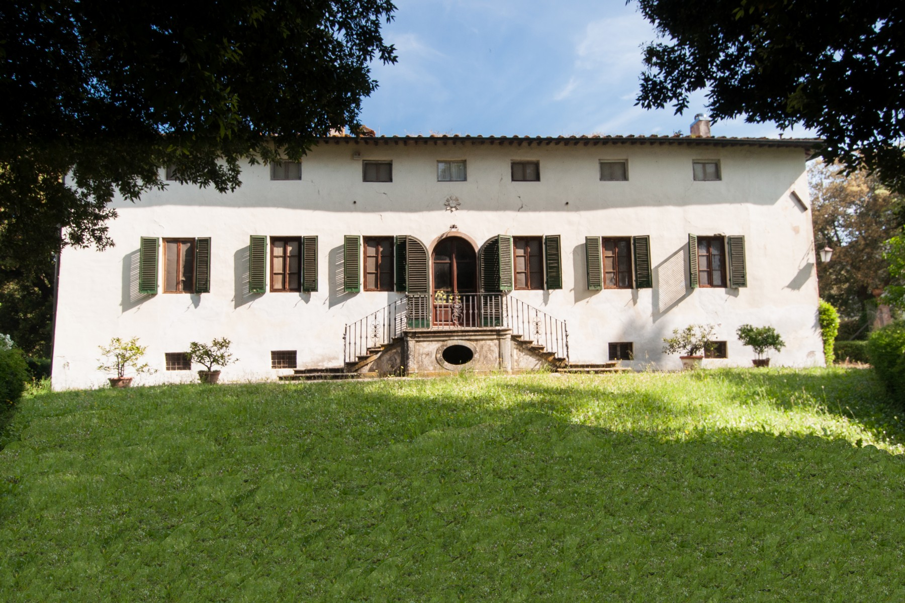 Vineyard for Sale at Beautiful villa in Lucca coutryside Gragnano Capannori, 55012 Italy