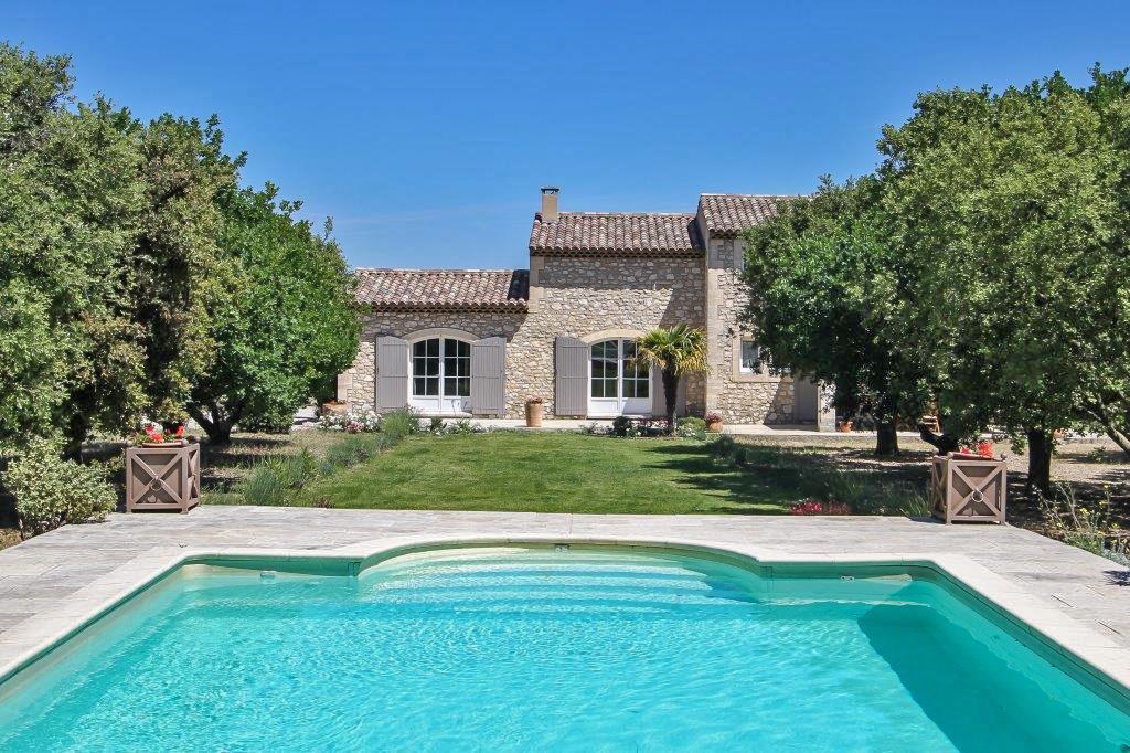 Частный односемейный дом для того Продажа на Mas de charme à pied du centre d'Eygalières Other Provence-Alpes-Cote D'Azur, Прованс-Альпы-Лазурный Берег 13810 Франция