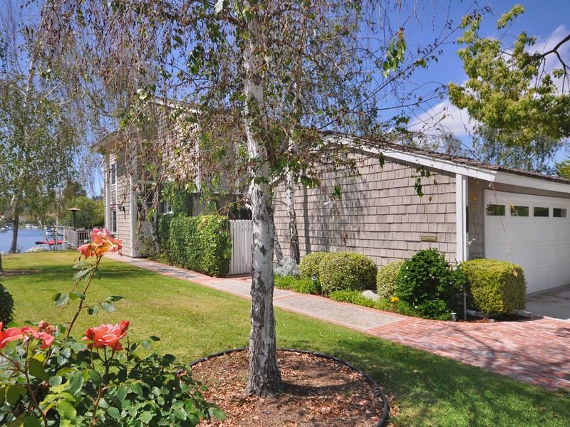 Villa per Vendita alle ore 32136 Beachfront Lane Westlake Village, California 91361 Stati Uniti