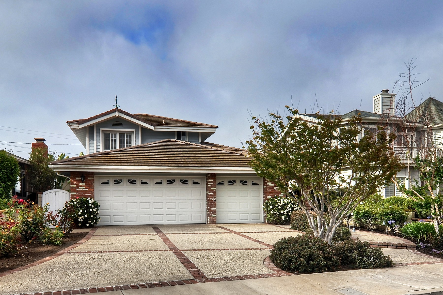 Single Family Home for Sale at 213 Calle Serena San Clemente, California 92672 United States