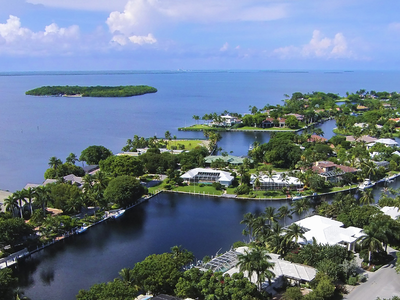 獨棟家庭住宅 為 出售 在 Waterfront Living at Ocean Reef 1 Sail Point Lane Ocean Reef Community, Key Largo, 佛羅里達州 33037 美國